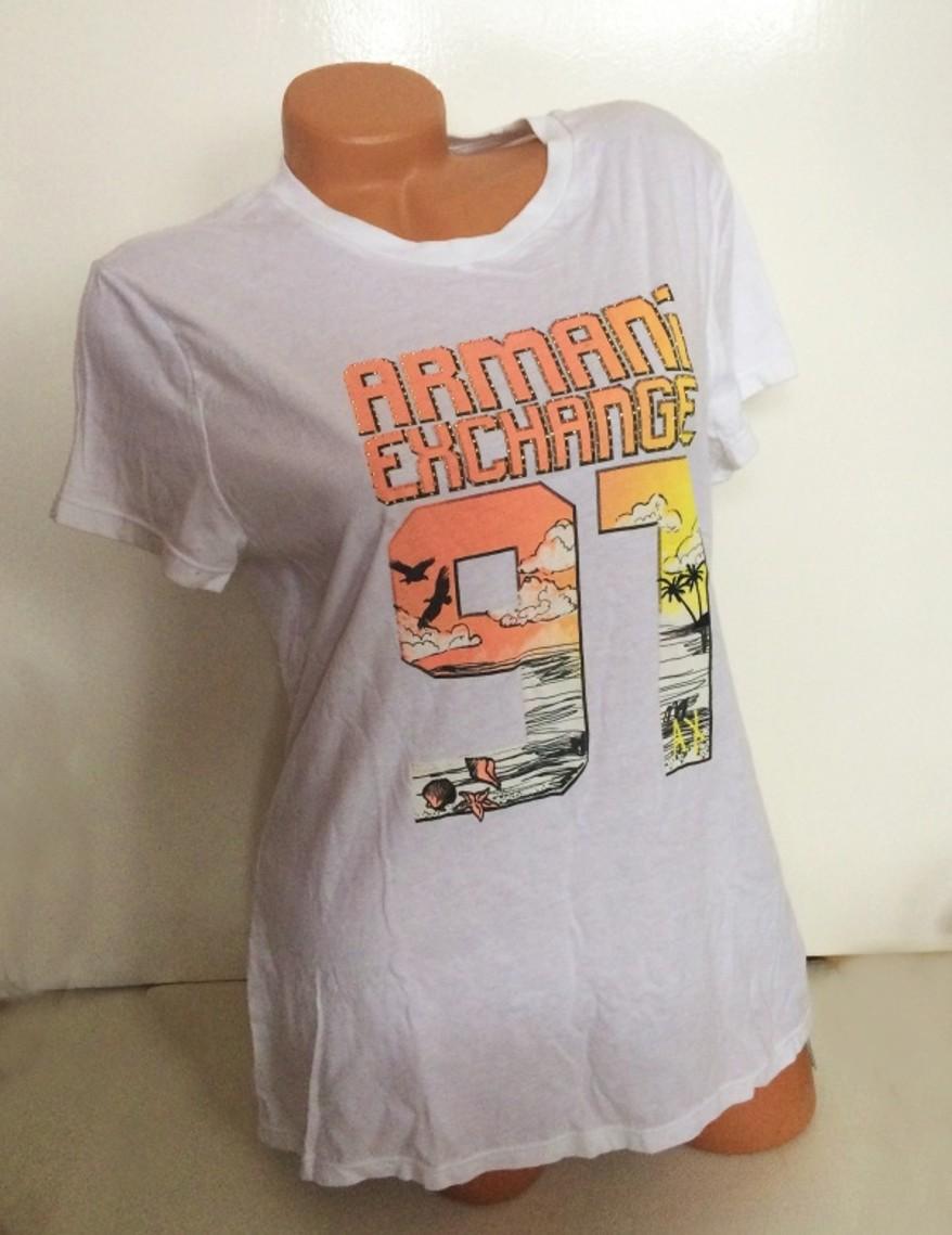 3597bdacb2 Dámské oblečení  Dámské tričko Armani Exchange bílé s barevným potiskem